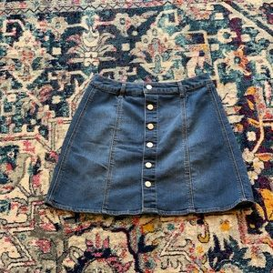 Mossimo button front A line jean skirt